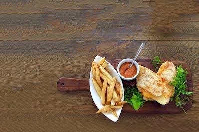 Sandwich and steak fries